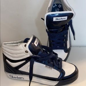 Skechers high top runners